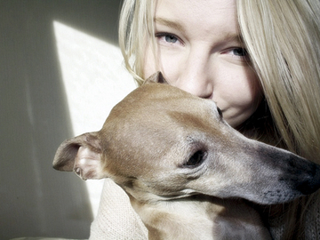 Naiset ovat miehiä etevämpiä tulkitsemaan koiran tunnetiloja